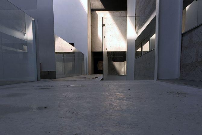 Raúl Peña Architects - Escuela de Escritores